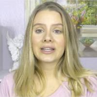 """""""La première fois"""" : les conseils d'un autre temps d'une Youtubeuse font polémique"""