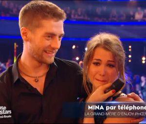 Danse avec les stars 6 : EnjoyPhoenix en larmes lors du coup de fil de sa mamie dans l'émission