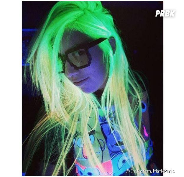 Les cheveux phosphorescents : la nouvelle tendance capillaire sur Instagram