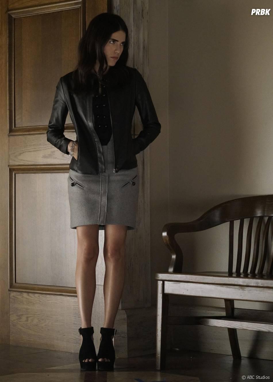 How To Get Away With Murder saison 2, épisode 11 : Laurel (Karla Souza) sur une photo