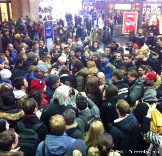 9000 euros distribués gratuitement dans la gare de Zurich le 14 mars 2016