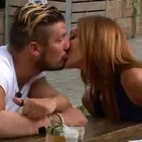Rawell (Les Marseillais South Africa) et Kevin en couple, Carla pète un câble