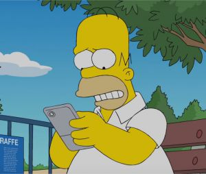 Les Simpson : quand Homer joue à Pokémon Go, c'est très drôle