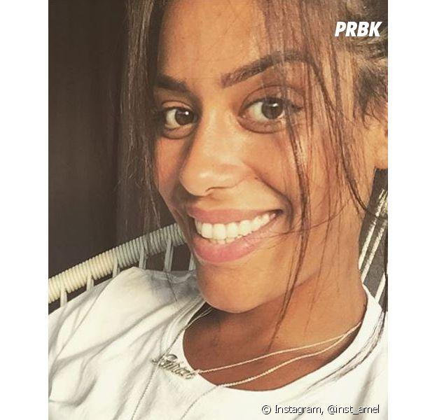 Amel Bent : ses fans ne la reconnaissent pas sur une photo Instagram où elle apparaît non maquillée et amincie.