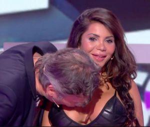 Jean-Michel Maire embrasse Soraya sur les seins sans son accord dans TPMP le 13 octobre 2016 pendant les 35 heures de Baba et crée un scandale