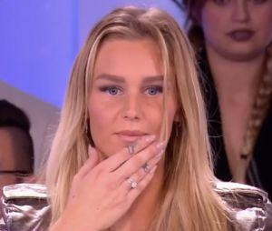 Aurélie Van Daelen dans le Mad Mag : elle demande son amoureux en mariage !