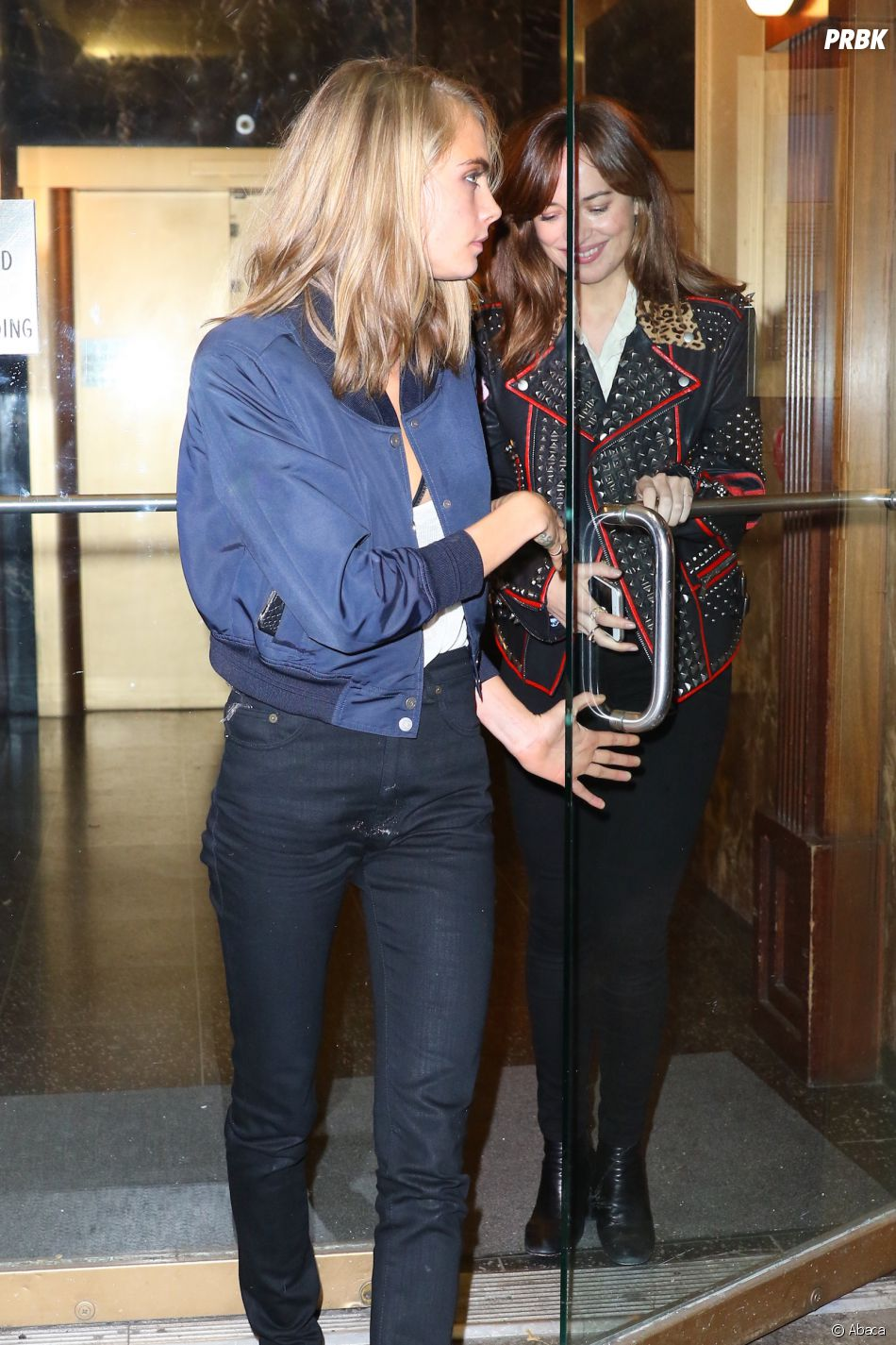 Cara Delevingne et Dakota Johnson de sortie ensemble : le début d'une histoire d'amour ?