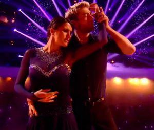 "Danse avec les stars 7 : Karine Ferri en larmes pendant et après sa valse sur ""Ti amo""."