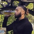 Tarek Benattia et ses cheveux longs
