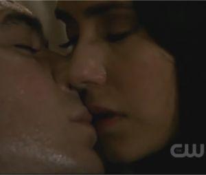 Les meilleurs moments de Damon et Elena dans The Vampire Diaries : Damon au bord de la mort