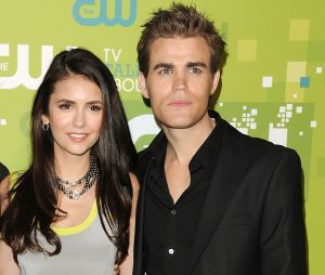 Nina Dobrev et Paul Wesley de The Vampire Diaries en couple ? La folle rumeur !