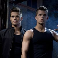 Charlie Carver transformé : l'acteur de Desperate Housewives et Teen Wolf change de tête
