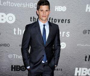 Charlie Carver transformé : l'acteur de Desperate Housewives et Teen Wolf a changé de tête !