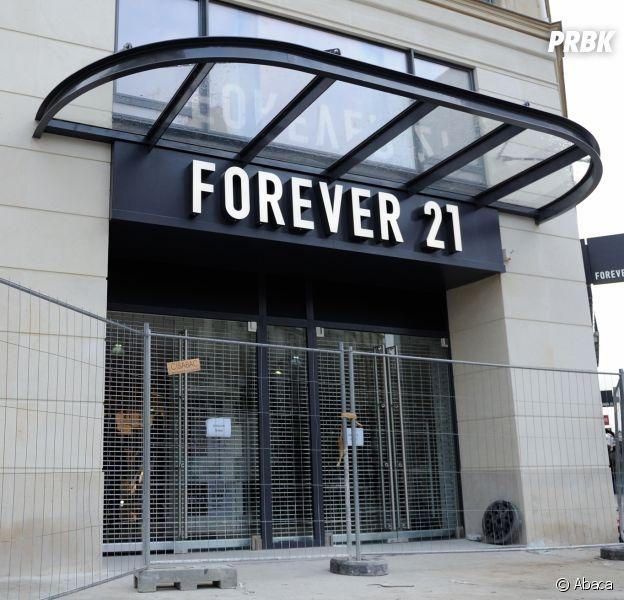 Forever 21 va ouvrir Riley Rose, sa première boutique de maquillage !