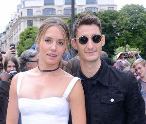 Pierre Niney bientôt papa, sa compagne Natasha Andrews est enceinte