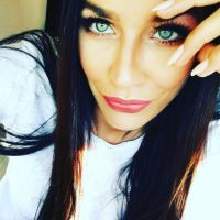 Julie Ricci bisexuelle : elle annonce sa rupture avec Pierre-Jean... pour une fille