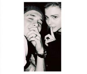 Brooklyn Beckham et Chloë Grace Moretz fiancés ? La photo qui sème le doute