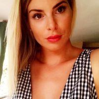 Emilie Fiorelli enceinte et critiquée sur sa grossesse : elle répond aux haters 😡