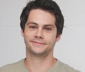Dylan O'Brien (Le Labyrinthe 3) mordu par une fan à Paris ? L'anecdote WTF