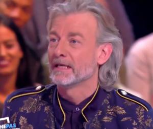 """Yann Barthès clashé par Gilles Verdez dans TPMP : """"Il ne fait que lire un prompteur, il n'a oas de talent"""" !"""