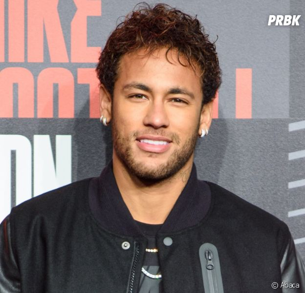 Neymar se compare à Stephen Hawkingen fauteuil roulant,son hommage gênant