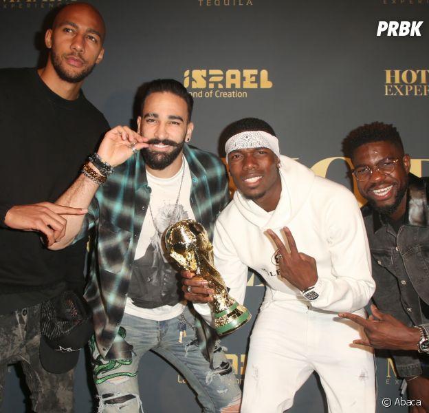 Paul Pogba pose avec des joueurs Belges en vacances et ironise