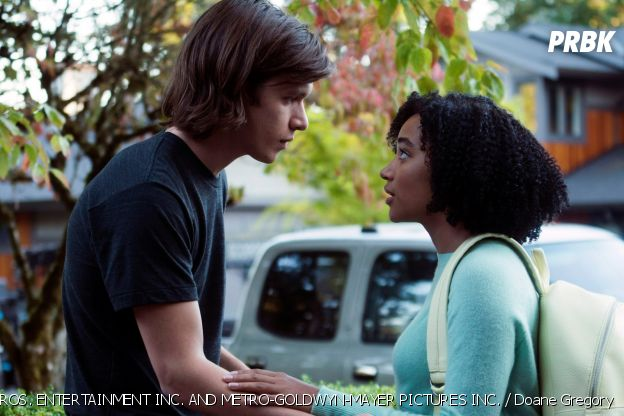 Amandla Stenberg (Darkest Minds) dans Everything Everything avec Nick Robinson