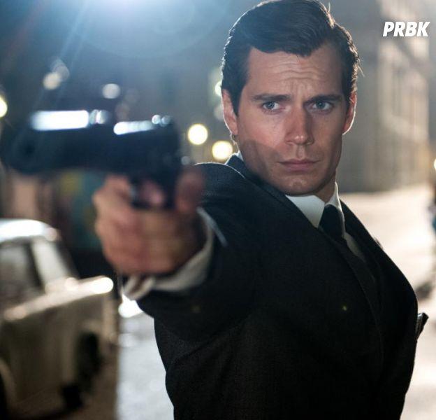 James Bond : Henry Cavill prêt à remplacer Daniel Craig