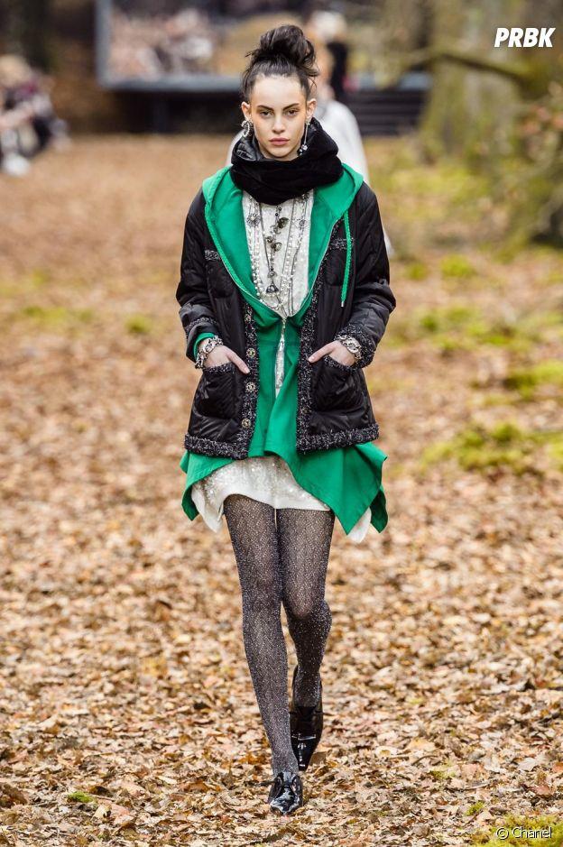 Silhouette du défilé prêt-à-porter automne-hiver 2018 de Chanel.