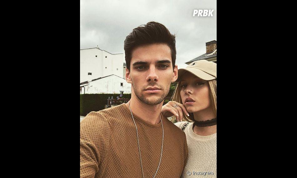 Elite : Álvaro Rico et Ester Expósito en couple ?