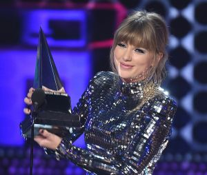 Taylor Swift gagnante aux American Music Awards 2018 : elle établit un record