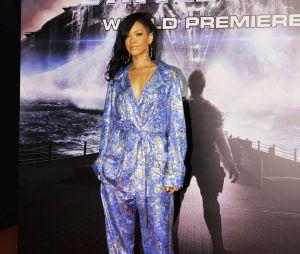 "Rihanna a craqué pour la tendance ""sleepwear""."