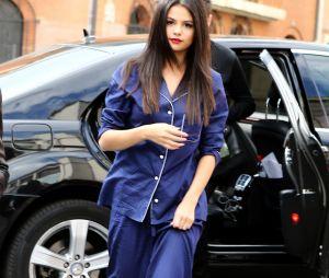 "Selena Gomez a craqué pour la tendance ""sleepwear""."