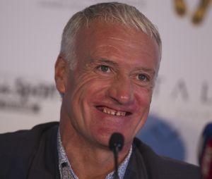 Didier Deschamps a refait ses dents : les internautes n'en croient pas leurs yeux