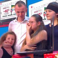 TPMP : Cyril Hanouna en larmes, il aide une famille et un chômeur avant Noël