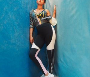 Selena Gomez égérie pour Puma : les nouvelles sneakers DEFY TZ se dévoilent dans la campagne publicitaire.