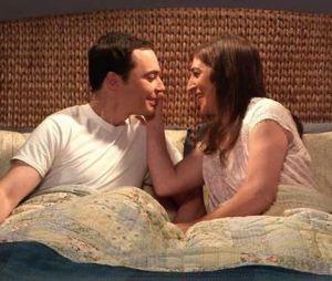 The Big Bang Theory : Mayim Bialik et Jim Parsons choqués par le sexe entre Amy et Sheldon ?