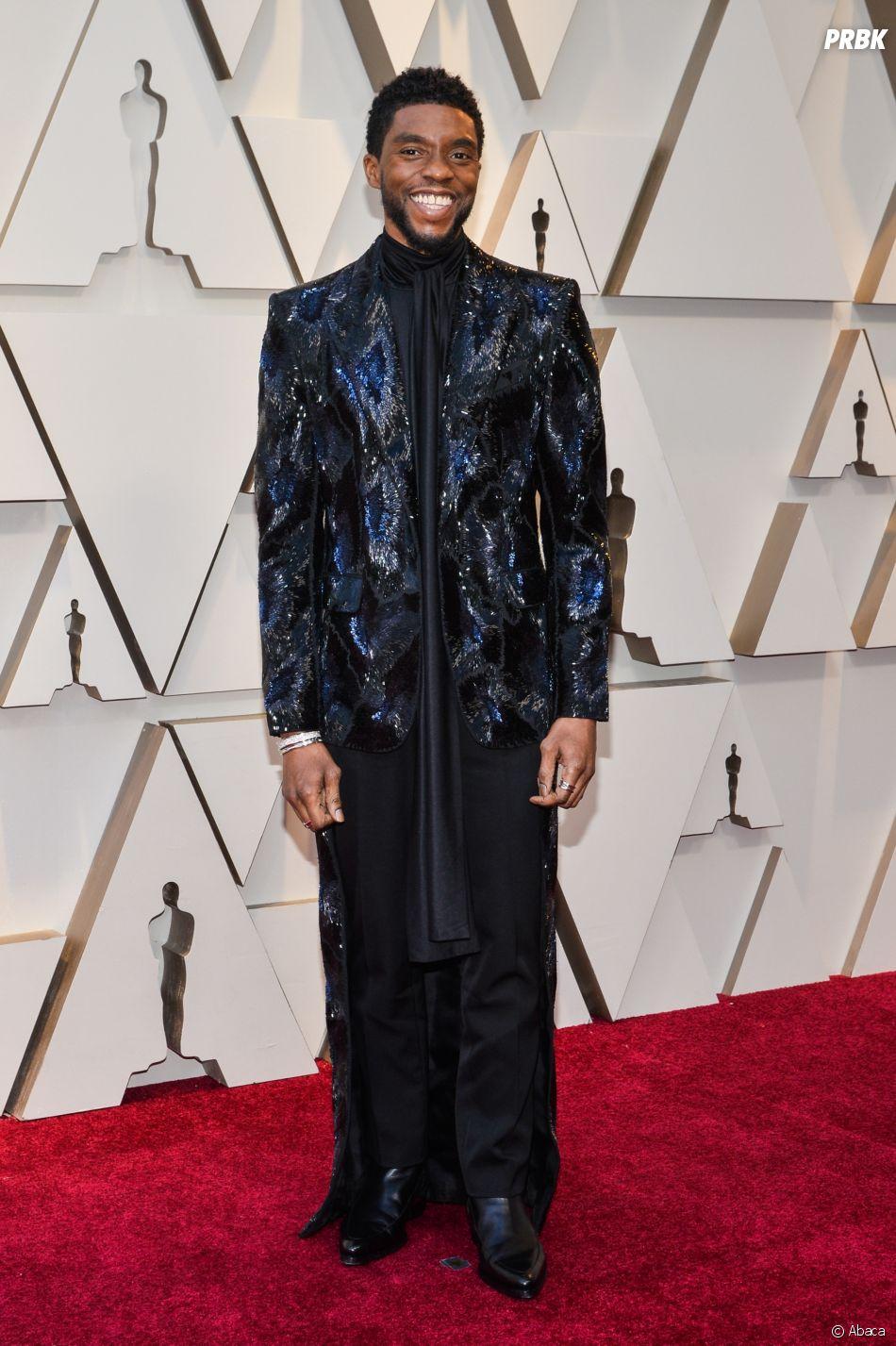 Chadwick Boseman sur le tapis rouge des Oscars 2019 le 24 février à Los Angeles