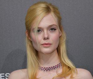 Elle Fanning fait un malaise au Festival de Cannes à cause de sa robe