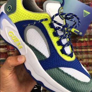 Après sa Nike Air Max 97/1, Sean Wotherspoon dévoile une nouvelle sneaker vegan pour Guess