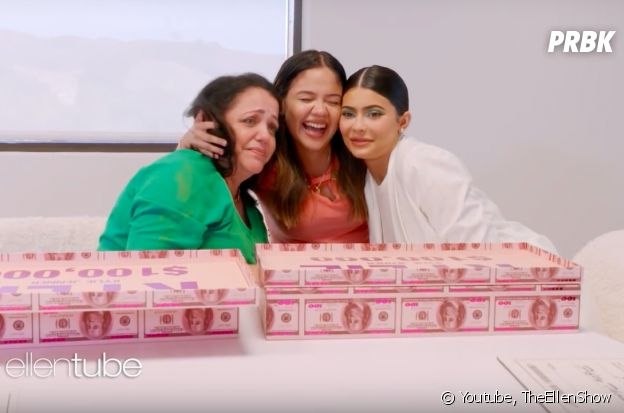 Kylie Jenner a donné 250 000 dollars à une fan et à sa mère