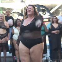 """Paris célèbre le mouvement """"body positive"""" avec un défilé atypique"""