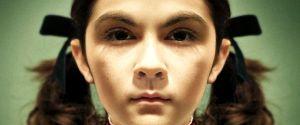 Esther en vrai : leur fille adoptive naine de 8 ans aurait 22 ans et aurait essayé de les tuer