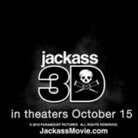 Jackass 3D ... Le jet ski par Johnny Knoxville ... ça donne ça