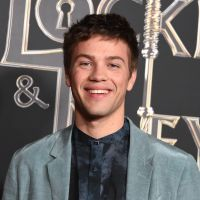 "Connor Jessup (Locke & Key) revient sur son coming-out : ""Je me sentais malhonnête"""