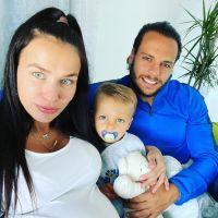 """Julie Ricci maman, elle a accouché de son deuxième enfant : """"On vous le présente bientôt"""" 👶"""