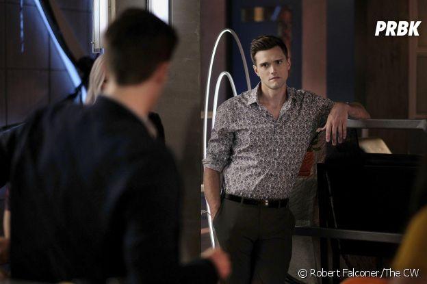 The Flash : Hartley Sawyer (Ralph) viré pour des remarques racistes et sexistes, il s'excuse