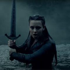 Cursed : Katherine Langford prend les armes dans la nouvelle série de Netflix