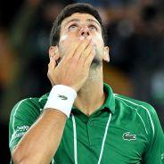 Novak Djokovic et sa femme testés positifs au coronavirus, il s'excuse