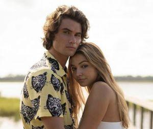 Chase Stokes et Madelyn Cline se sont mis en couple après le tournage de Outer Banks
